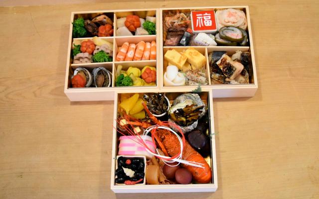 おせち料理3段